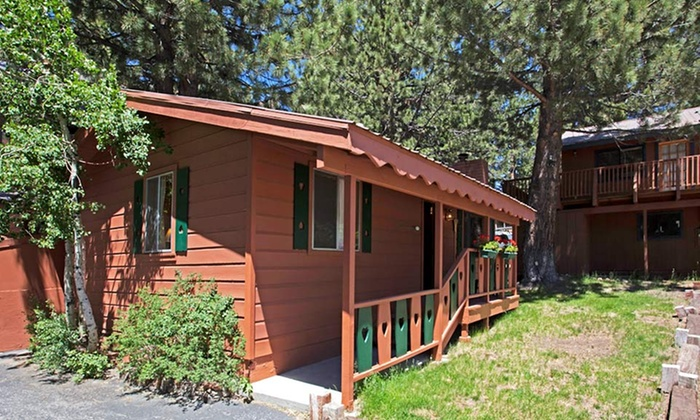 Edelweiss Lodge - Mammoth Lakes, CA: Stay at Edelweiss Lodge in Mammoth Lakes, CA. Dates into July.