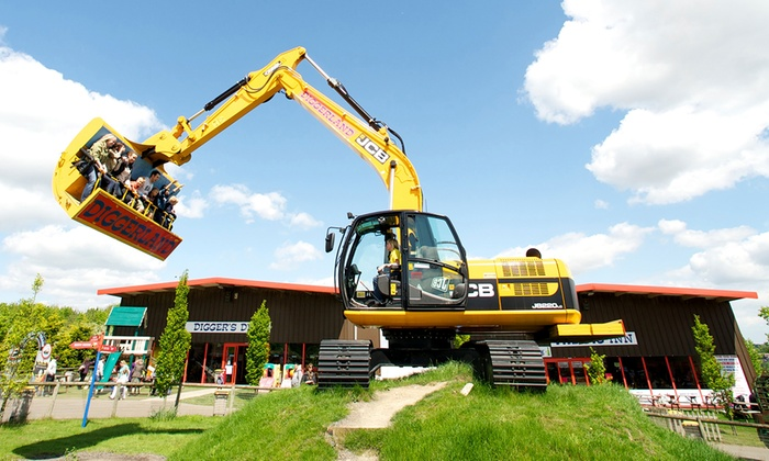 Family Entry For 44 95 To Diggerland 37 Off