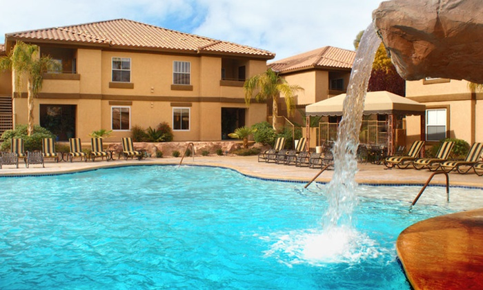 Desert Paradise Resort - Las Vegas: 2 Nights for Up to Six in a One- or Two-Bedroom Suite at Desert Paradise Resort in Las Vegas. Combine Up to 4 Nights.
