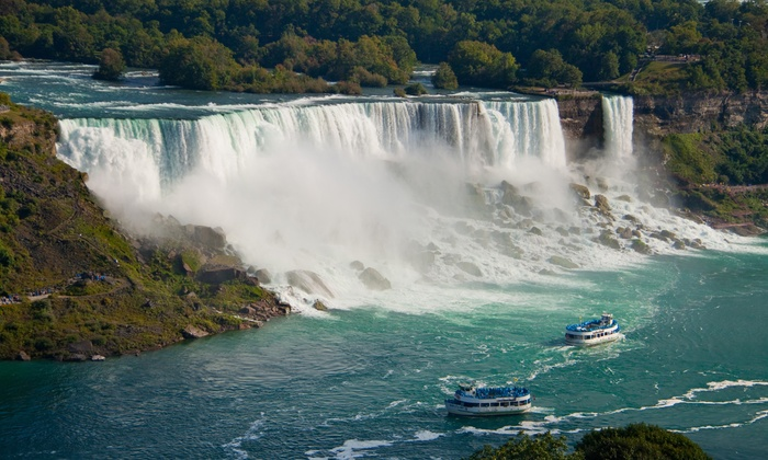 Niagara Horseshoe Falls Night Illumination