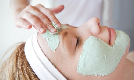 Glycolic Facial with Optional Aloe and Vitamin-C Mask at Aphrodite In Me Spa (50% Off)