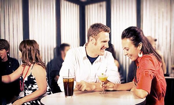 NY minute Groupon Dating Parlez-moi de vous-même des exemples de rencontres en ligne