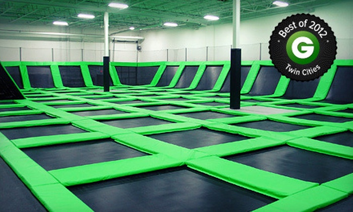Zero Gravity - Mounds View: One- or Two-Hour Trampoline Session for Two at Zero Gravity (Half Off)