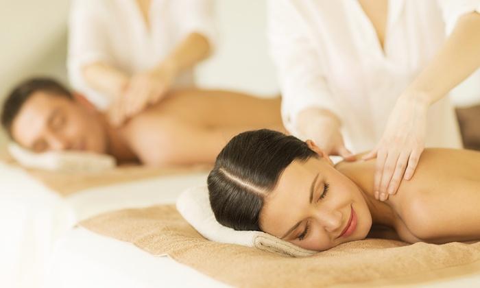 Hotel d120 Spa - Olgiate Olona: Giornata benessere di coppia da 39,90 € con ingresso spa e massaggio più camera in day use