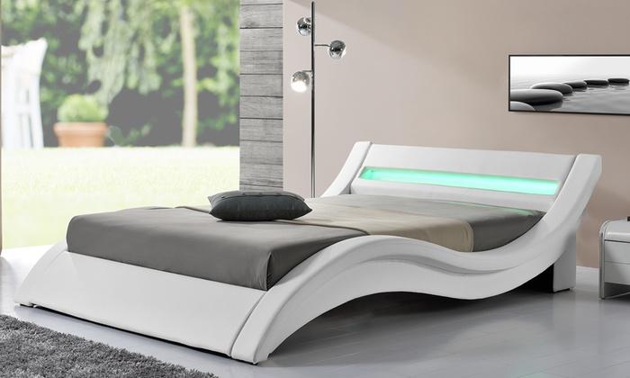 modele de lit good lit en bois baldaquin ikea toulouse with massif modele de moderne blanc pour. Black Bedroom Furniture Sets. Home Design Ideas