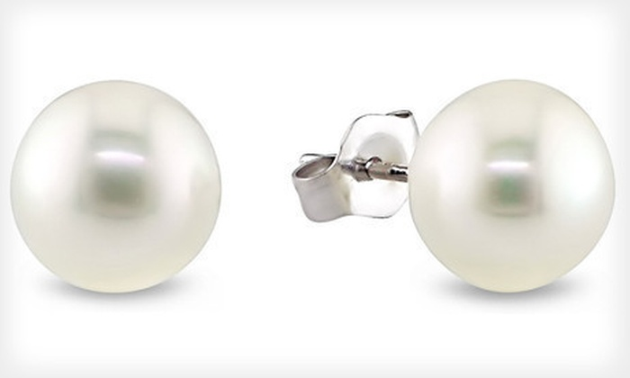 Cultured Freshwater Pearl Earrings: $4 for One Pair of Genuine Cultured Freshwater Pearl Earrings ($29.99 List Price). Free Shipping.