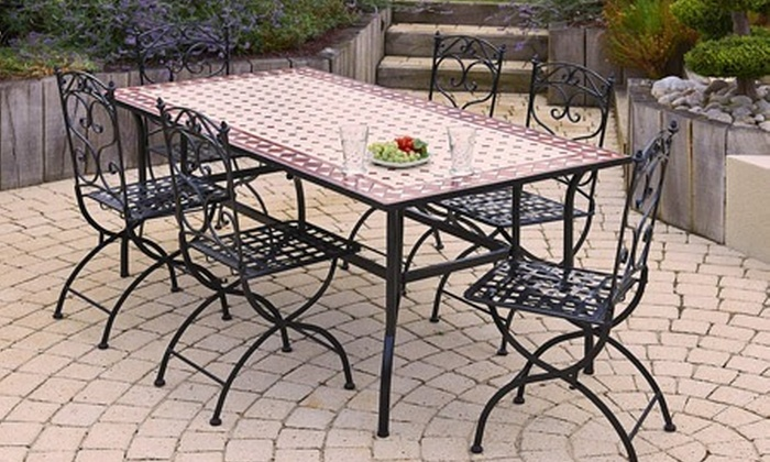 Salon de jardin 6 personnes en fer forg groupon shopping for Table exterieur auchan