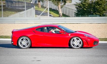 Conducción de 7, 23 o 30 km por carretera y/o circuito con opción a noche para dos en hotel desde 49 € en Prestige GT