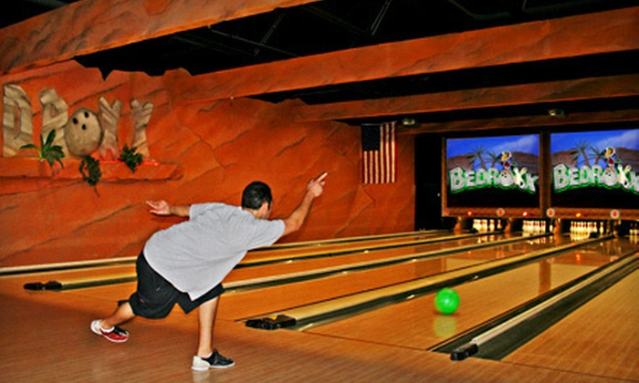 Bedroxx Bowling - Marana: Two-Hour Bowling Package for Six with Option of Pizza and Drinks at Bedroxx Bowling (Up to 68% Off)