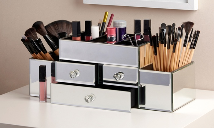 mirrored cosmetic cases