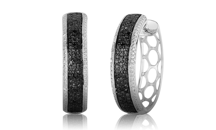1/4 Carat Black and White Diamond Earrings: 1/4 Carat Black and White Diamond Earrings.