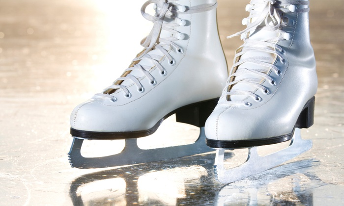 Nancy Kerrigan's Halloween On Ice - The Oncenter War Memorial Arena: Halloween on Ice with Nancy Kerrigan, Johnny Weir, and Kurt Browning on October 15, at 7 p.m.