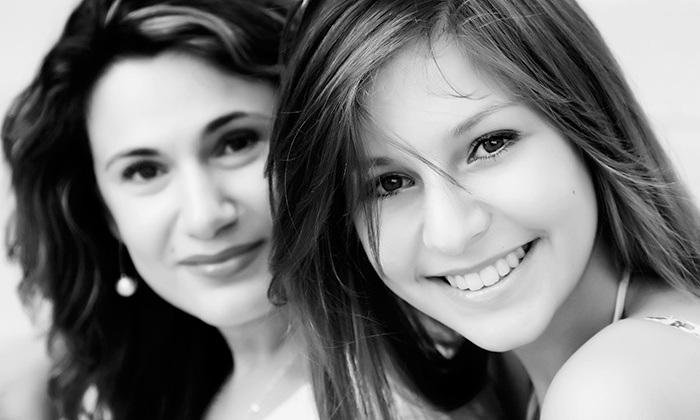 Envy London - London: Mother and Daughter Makeover Photoshoot With Prints for £19 at Envy (90% Off)