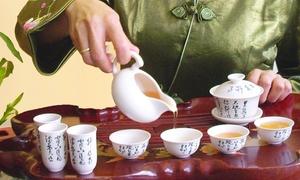 Tai Chi Teehaus: Chinesische Teezeremonie inklusive süßer Dim Sum für Zwei oder Vier im Tai Chi Teehaus ab 29,90 € (bis zu 62% sparen*)
