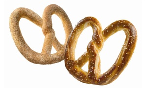 Auntie Anne's Seattle: Field Trip with Pretzel-Rolling Lesson and Snacks for 10 or 20 at Auntie Anne's Seattle (50% Off)