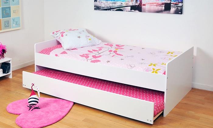 lit gigogne avec sommiers et pieds relevables matelas en. Black Bedroom Furniture Sets. Home Design Ideas
