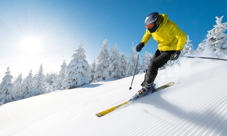 $28.50 for an Introductory Skiing or Snowboarding Lesson at Mini Mountain ($55 Value)