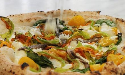 Pizza gourmet con dolce e birra