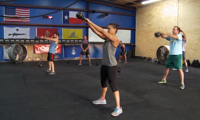 Universal CrossFit - Washington Ave./ Memorial Park: Eight-Class Beginner's Course at Universal CrossFit (82% Off)
