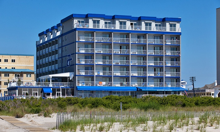 Adventurer Oceanfront Inn in Wildwood Crest, NJ | Groupon ...