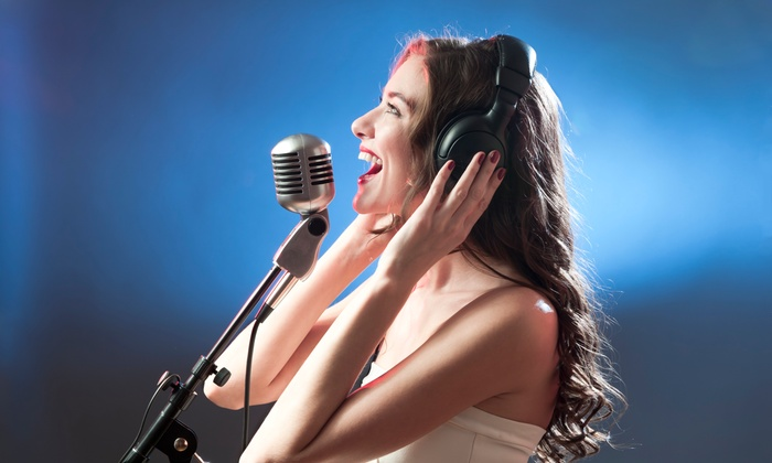 Spencer Music And Artist Development - Belmont Heights: One-Hour Voice Lesson at Spencer Music and Artist Development (45% Off)