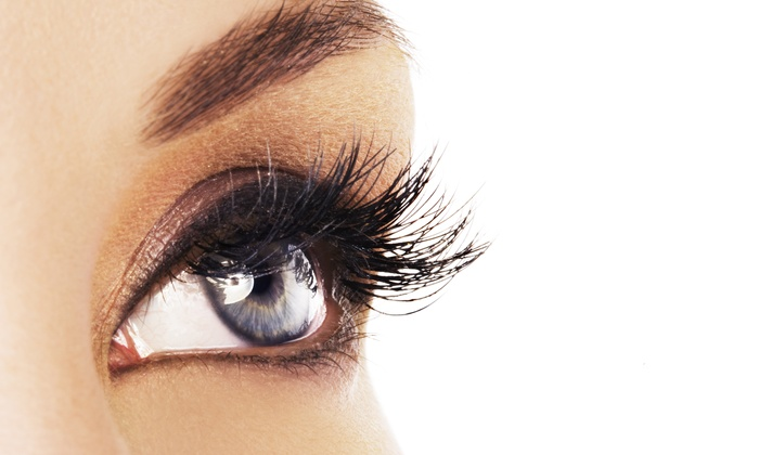 Classique Day Spa - Waldwick: Full Set of Xtreme Faux-Mink Eyelash Extensions with Conditioning and Optional Touchup (66% Off)