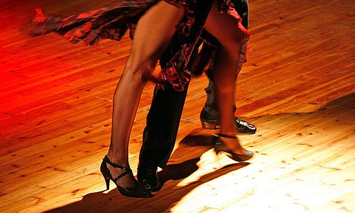 Dancin' Motion - Drew Park: Six Weeks of Salsa Lessons for One or Two at Dancin' Motion (Up to 74% Off)