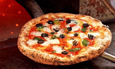 Menu pizza verace napoletana con cuoppo di fritti, dolce e birra da Ristorante Pizzeria Luna Rossa (sconto fino a 64%)
