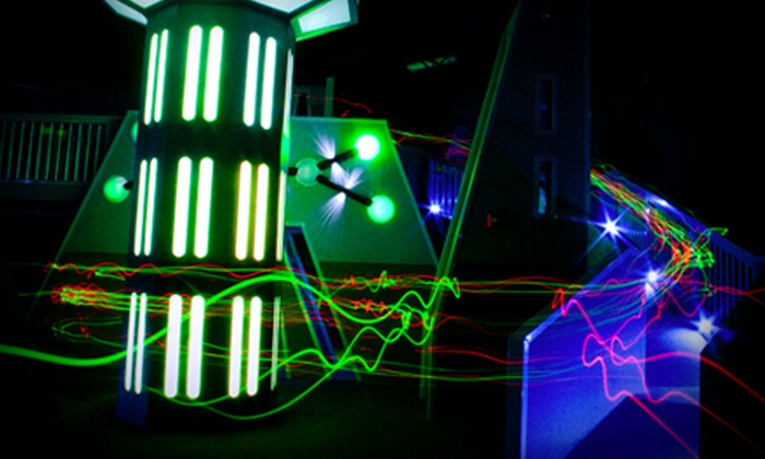 Laser Tag of Metairie - Metairie: $29 for Eight Games of Laser Tag with One Large Pizza and a Pitcher of Soda at Laser Tag of Metairie($59.59 Value)