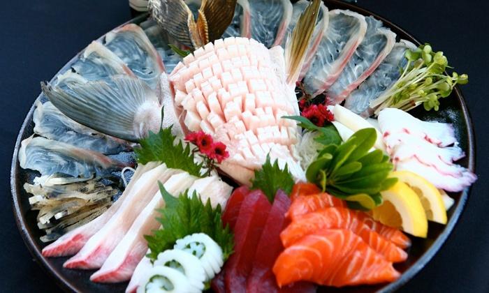 Wonderful Sushi Hillcrest - Hillcrest: $15 for $30 Worth of Sushi, Japanese Food, and Drinks at Wonderful Sushi Hillcrest