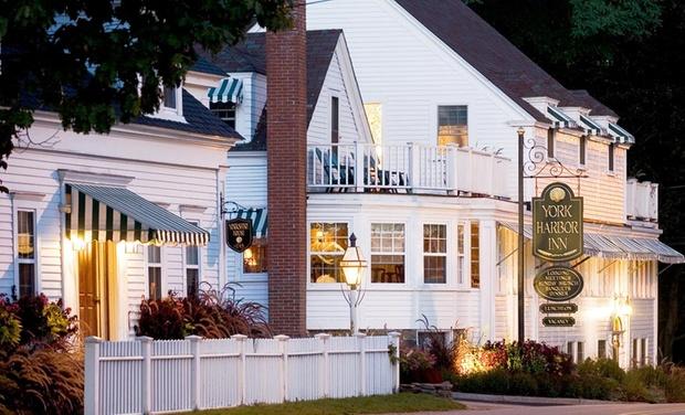 York Harbor Inn - York, ME: Stay with $25 Dining Credit at York Harbor Inn in York Harbor, ME. Dates into November.