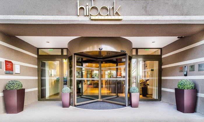 hipark design suites marseille in marseille provence alpes c te d 39 azur groupon getaways. Black Bedroom Furniture Sets. Home Design Ideas