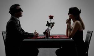 """RealBlind: 3-Gänge-""""Dinner in the Dark""""-Überraschungsmenü für Zwei oder Vier bei RealBlind (bis zu 69% sparen*)"""
