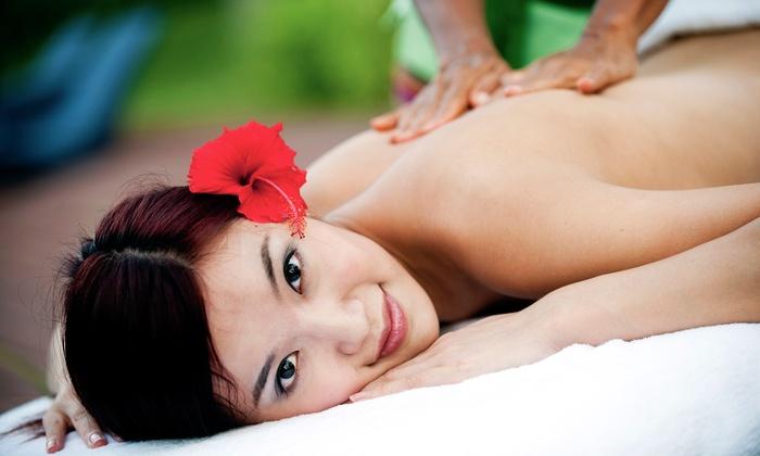 Tuina Center - The Beaches: 60-Master Massage for One or 45-Minute Couples Massage at Tuina Center (50% Off)