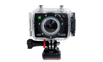 AEE MagiCam SD22 8MP 1080i Sports Action Camera with Remote Control and Mounting Accessories