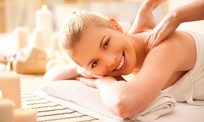 One-Hour Full-Body Massage - Essence  Groupon-3181