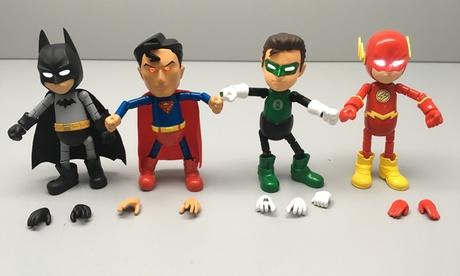 DC Comics Action Figures 09131c6c-5081-11e7-b625-00259069d7cc