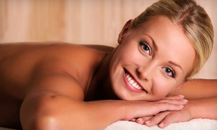 University Chiropractic - Spokane Valley: $40 for a Hot-Stone Massage at University Chiropractic in Spokane Valley ($80 Value)