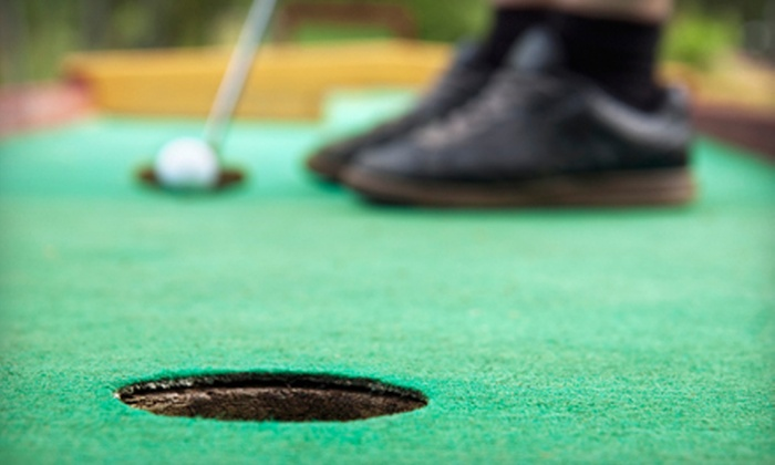 Murphy's Golf Range & Mini Golf - Saratoga Springs: Four or Eight Rounds of Miniature Golf at Murphy's Golf Range & Mini Golf in Saratoga Springs (Up to 55% Off)