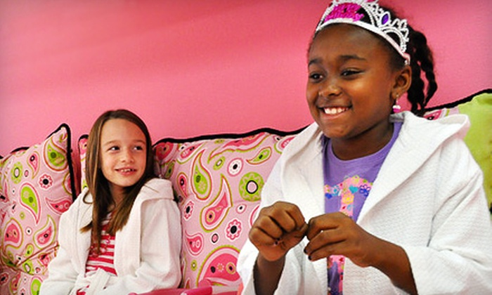 Hello Gorgeous - Houston: $15 for a Kids' Makeover with Mani-Pedi and Makeup at Hello Gorgeous in Friendswood