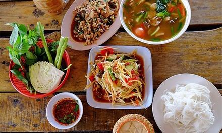 Menú thai para 2 o 4 en local o menú degustación para llevar para 2, 4 o 6 personas desde 16,90 € en Namwan Thai Food