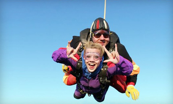 Skydive Sacramento - Lincoln: Tandem Jump or Assisted Free Fall with Ground School at Skydive Sacramento in Lincoln (Up to Half Off)