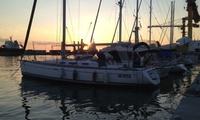 Giornata romantica con barca a vela in esclusiva, pranzo e corso di nautica da Mure a Dritta (sconto 62%)