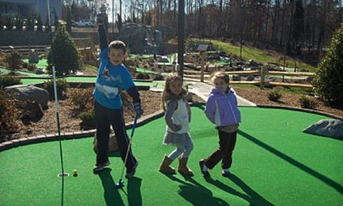 Lake Norman Miniature Golf - Cornelius: $24 for Six Rounds of Mini Golf at Lake Norman Miniature Golf in Cornelius (Up to $48 Value)