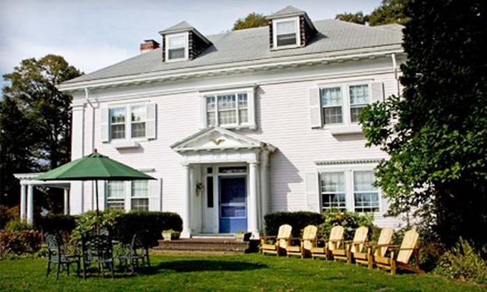 Inn Magnolia - Gloucester: $149 for a Two-Night Getaway for Two at Inn Magnolia in Gloucester (Up to $290 Value)