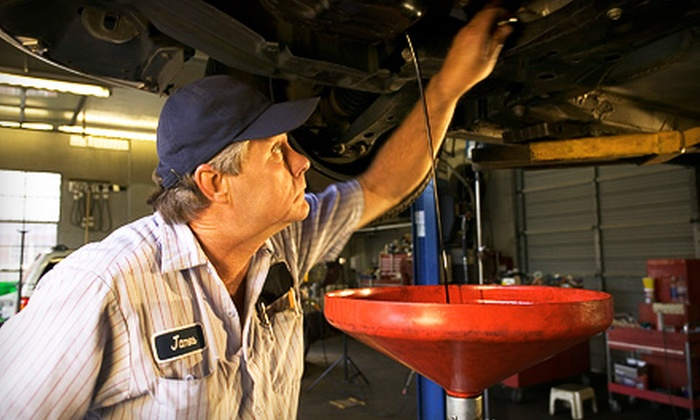 6 to 6 Auto Service - Downtown: $25 for an Oil Change and Tire Rotation at 6 to 6 Auto Service ($55 Value)