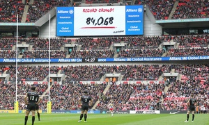 Saracens: Groupon Exclusive: Saracens v Harlequins at Wembley Stadium: Child, Adult or Family Ticket (Up to 41% Off)*