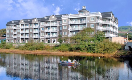 Stay with Movie Package and WiFi at Rivertide Suites Hotel in Seaside, OR. Dates into February.