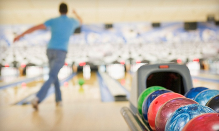 Richmond Hill Pro Bowl - Richmond Hill: $27 for a 90-Minute Bowling Outing with Shoe Rental for Six at Richmond Hill Pro Bowl ($59.93 Value)