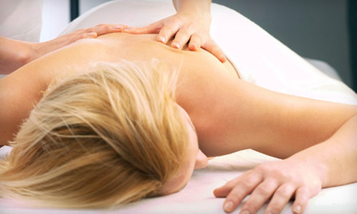 Gateway Center Massage - New Dorp: $45 for a Massage, Foot Reflexology, and Hand Treatment at Gateway Center Massage in Staten Island ($100 Value)